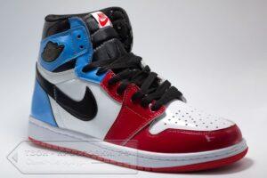Кроссовки Nike Air Jordan Retro 1 Red/Blue/White женские/мужские арт. n1001